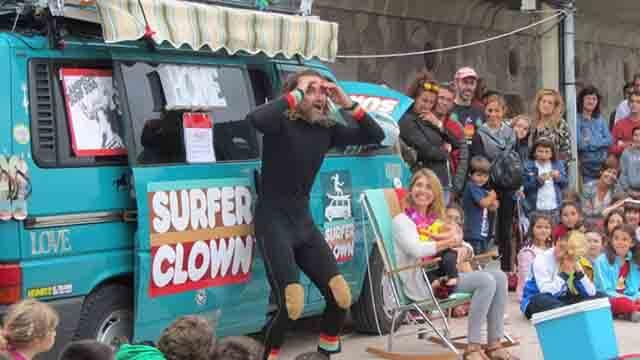 Surfer Clown de Cadiz