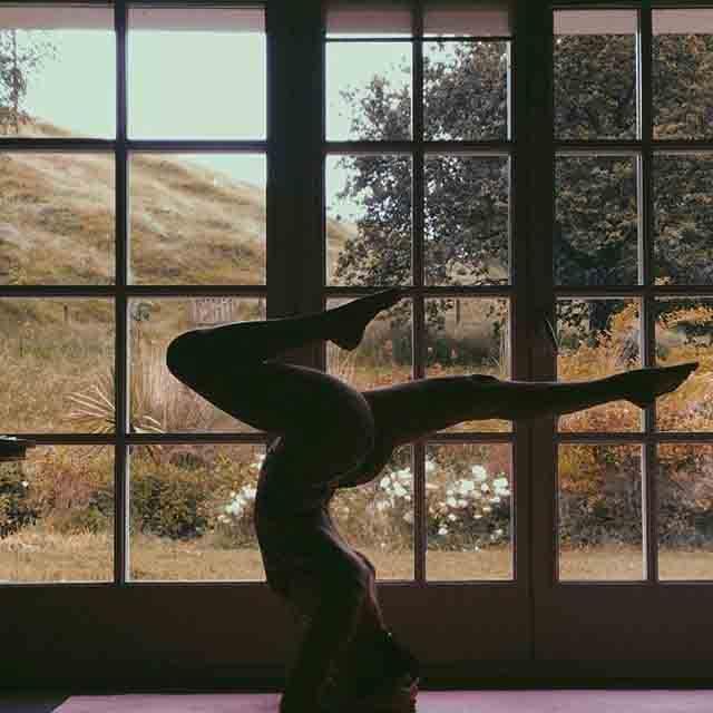 Ainara Aymat y el Brikram yoga