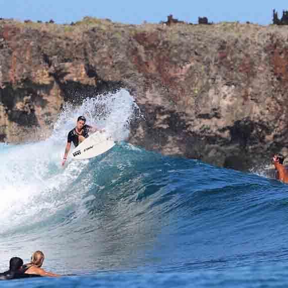 El surf de Ainara es rompedor