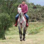 Daniel Lopez Garcia jinete de carreras y su caballo ganador Mobix