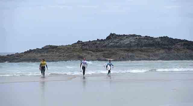 El surf y la mujer