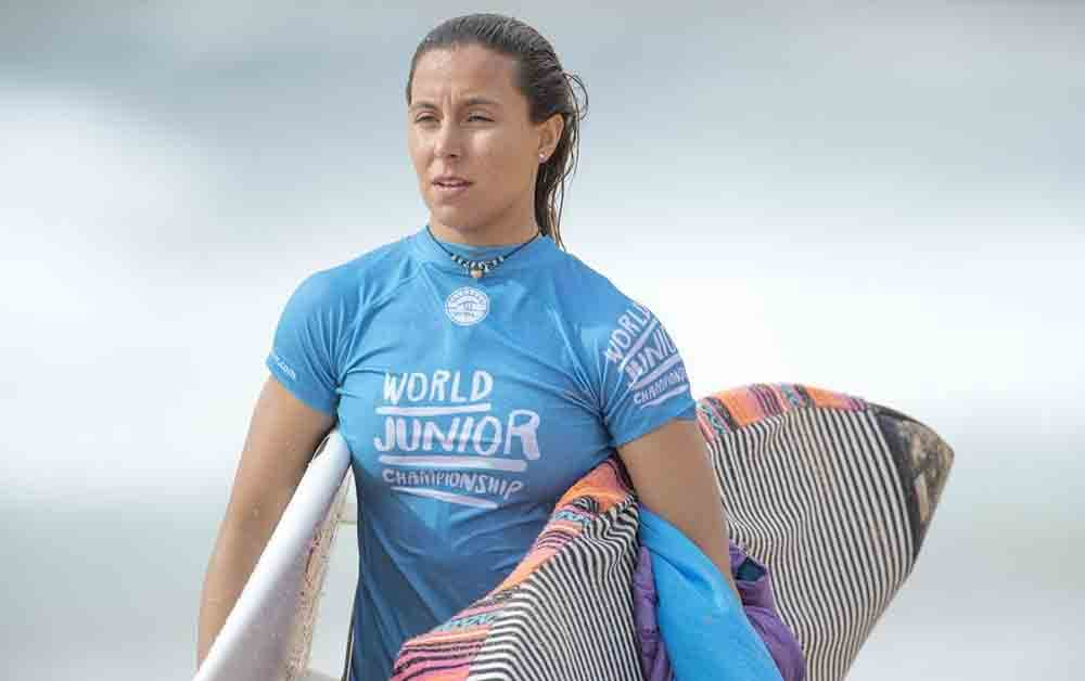 ARIANE OCHOA TORRES SURFISTA PROFESIONAL