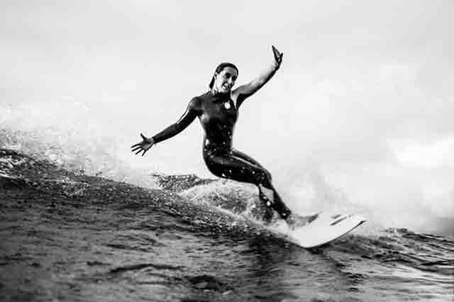 Opinion de Ariane Ochoa sobre el surf masculino y femenino