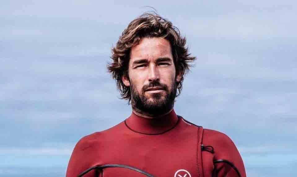 JOÃO GUEDES, 33 AÑOS, SURFISTA PROFESIONAL
