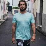 Joao Guedes surfista profesional de olas grandes