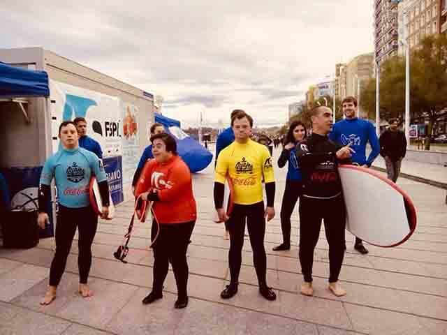 Participantes de jornadas anuales de Surf Solidario